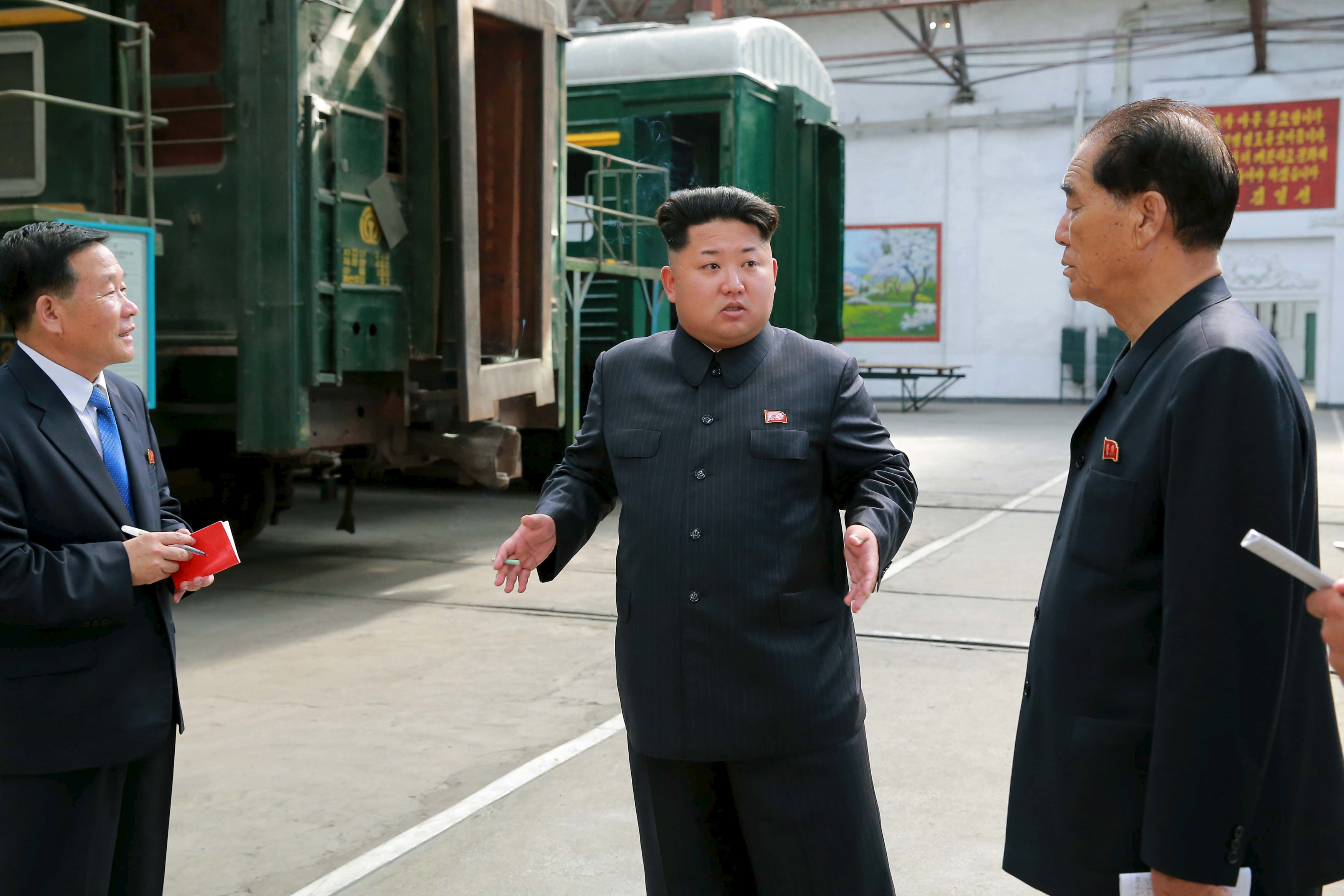 North Korean leader Kim Jong Un provides field guidance to the Kim Jong Thae Electric Locomotive Complex in this undated photo released by North Korea's Korean Central News Agency (KCNA) in Pyongyang on July 20, 2015. Photo: Reuters