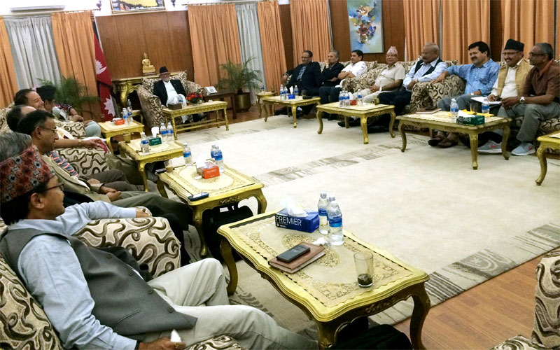 Leaders of Nepali Congress, CPN-UML, UCPN-Maoist and Madhesi Janaadhikar Forum-Democratic hold a meeting at the Prime Ministeru2019s residence in Baluwatar on Friday, July 24, 2015. Photo: PM's Secretariat