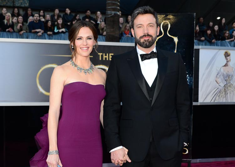 In this February 24, 2013 file photo, actor/director Ben Affleck and wife actress Jennifer Garner arrive on the red carpet for the 85th Annual Academy Awards in Hollywood, California. People Magazine on June 30, 2015 confirmed that after ten years of marriage the pair have decided to divorce. The two are parents to three kids: Violet, 9, Seraphina, 6, and Samuel, 3. Photo: AFP File