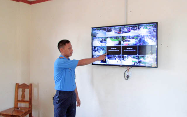 A police constable viewing the scenes captured by CCTVs installed in different parts of Damauli Bazaar, on the Tanahun District Police Office premises, on Monday. July 27, 2015. Photo: Madan Wagle