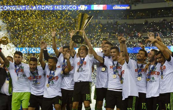 Mexico celebrates their victory in the 2015 CONCACAF Gold Cup final between Jamaica and Mexico in Philadelphia on July 26, 2015. Photo: AFP