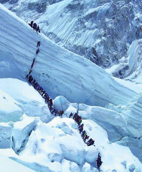 Climbers heading to Camp 1 from the Everest Base Camp through the treacherous icefall region in April 2014. Photo: THT/File