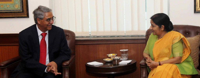 Nepal's former Prime Minister Sher Bahadur Deuba with External Affairs Minister of India Sushma Swaraj.