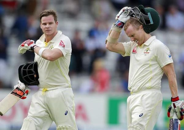 England v Australia - Investec Ashes Test Series Second Test - Lords - 16/7/15Australia's Steve Smith and Chris Rogers (R) walk off at the end of the first day. Photo: Reuters / Andrew Couldridge