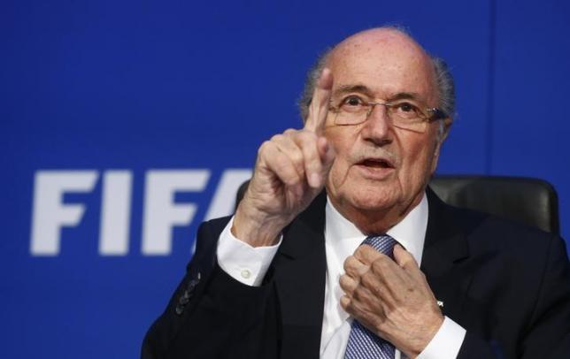 FIFA President Sepp Blatter gestures during a news conference after the Extraordinary FIFA Executive Committee Meeting at the FIFA headquarters in Zurich, Switzerland July 20, 2015. REUTERS/Arnd Wiegmann