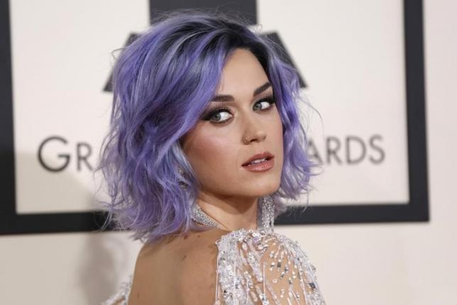 Singer Katy Perry arrives at the 57th annual Grammy Awards in Los Angeles, California February 8, 2015.  REUTERS/Mario Anzuoni/Files