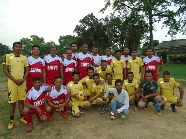 Sports journalists and Managers of Bhairahawa-Lumbini Industrial Corridor pose before their friendly football match in Bhairahawa on Thursday.tPhoto: THT