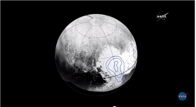 Plutou2019s heart is filled with frozen carbon monoxide. The location of the frozen gas is marked by the blue outline. Photo: NASA/APL/SwRIn