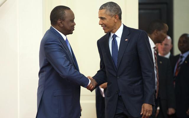President Barack Obama (right) shakes hands with Kenyan President Uhuru Kenyatta before a bilateral meeting at State House, Saturday, July 25, 2015, in Nairobi, Kenya. Photo: AP