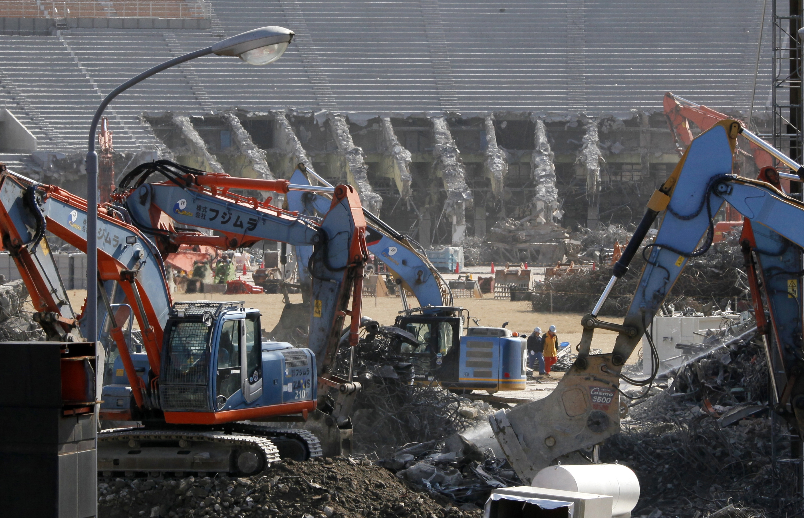 Japan's National Stadium is dismantled for the renovation as Japan hosts the 2020 Olympics Thursday, March 5, 2015. Photo: AP