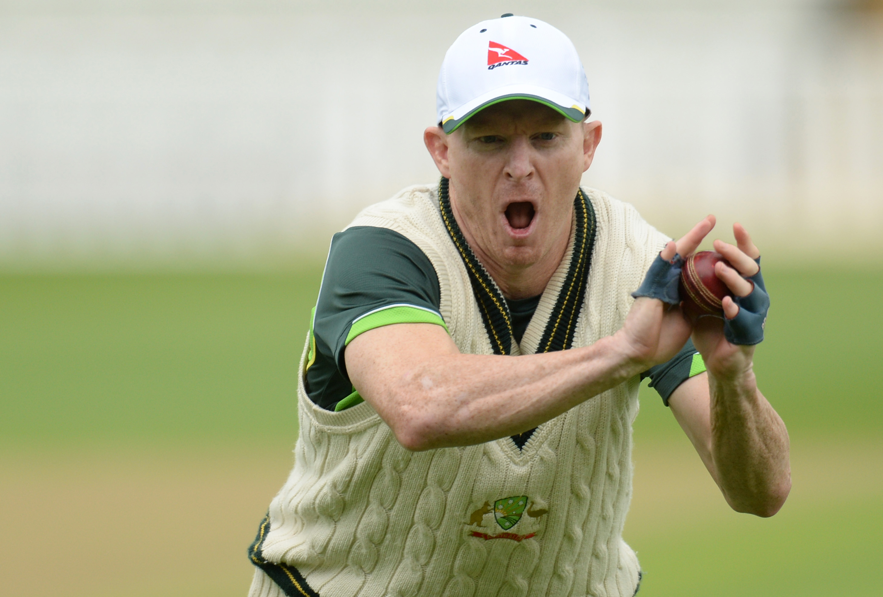 Australia's Chris Rogers take parts in team training in Edgbaston on Monday, on the eve of their third Test match against England. Photo: Reuters