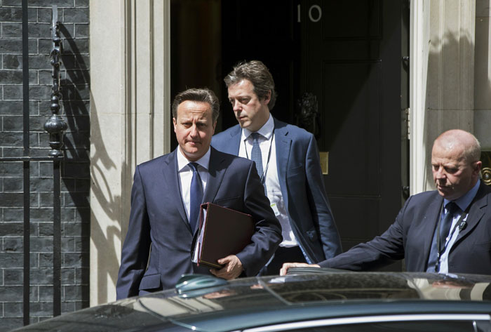 Britain's Prime Minister David Cameron leaves Number 10 Downing Street to speak at Parliament in London, Britain June 29, 2015. Photo: Reuters