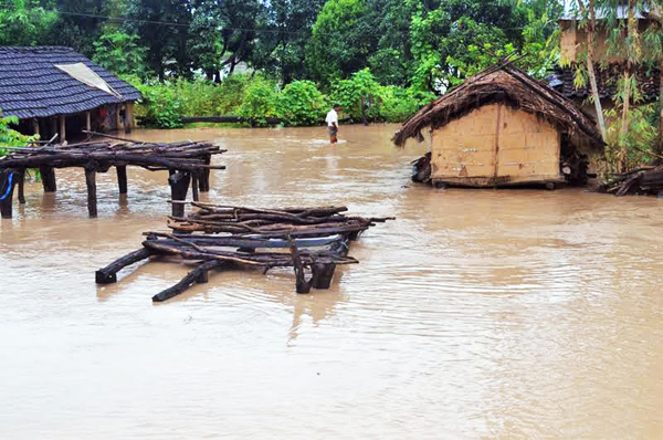 An inundated settlement of Numlipur, Tikapur Municipality, in Kailali, on Friday. Photo: THT