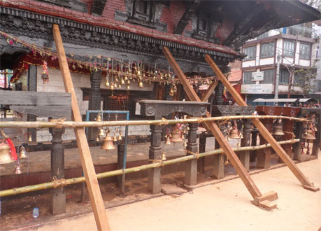 Wooden poles installed to support the famous Manakamana Temple in Gorkha district after the temple slanted toward southwest after the April 25 earthquakeu201a on Fridayu201a May 15u201a 2015. Photo: RSS/File