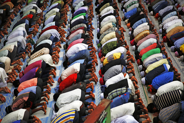 Muslims offering Friday prayers in Jame Masjid, Kathmandu. The government has declared public holiday on Sunday for Eid celebrations. Photo:THT