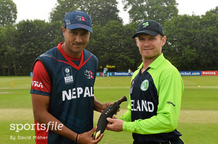 Nepal's captain Paras Khadka gift Khukuri as souvenir to Ireland's captain William Porterfield (right) and before the coin toss. Photo: ICC/SPORTSFILE