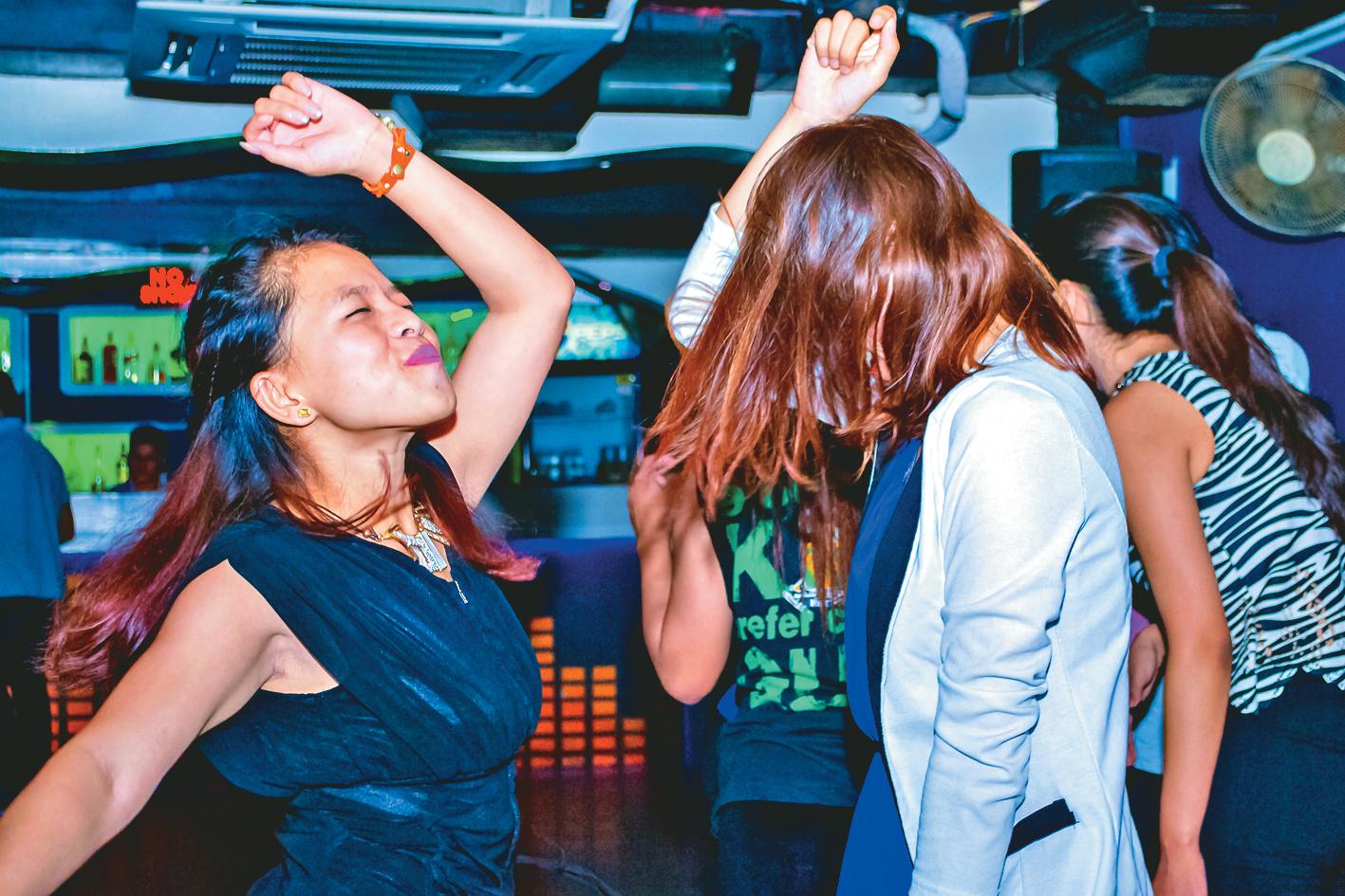 Dance mode full on