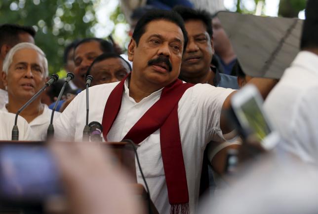 Former Sri Lankan President Mahinda Rajapaksa speaks to his supporters at his residence in Medamulana July 1, 2015. Photo: Reuters