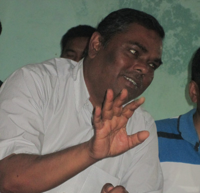 Federal Socialist Forum Nepal chairman Upendra Yadav speaking at a press meet, in Pokhara, on Saturday.   Photo: THT