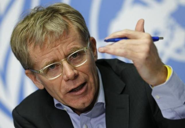 Bruce Aylward, Assistant Director-General for Emergencies at the World Health Organization gestures during a news conference on Ebola aside of the World Health Assembly at the United Nations in Geneva, Switzerland, May 26, 2015. REUTERS/Denis Balibouse/Files