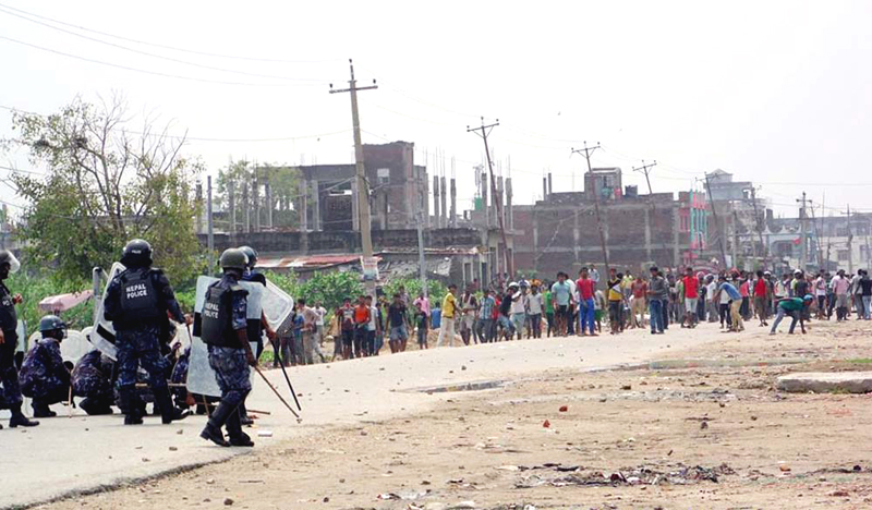 Police personnel involved in a clash with the agitators in Nagawa of Birgunj, on Monday, August 31, 2015. Photo: Ram Sarraf