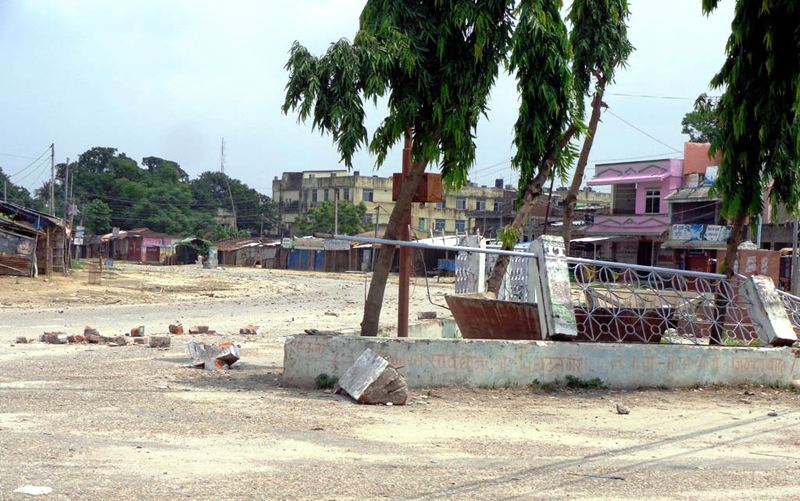 Gaur city area wears a deserted look after Rautahat was declared a riot-hit district, on Wednesday. Photo: THT