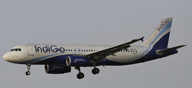 This April 16, 2015 file photo shows an India's budget airline IndiGo aircraft approaching for landing at the Indira Gandhi International (IGI) airport in New Delhi, India. Indian budget airline IndiGo finalized an exceptionally large order for 250 single-aisle Airbus A320neo jets on Monday, Aug. 17, 2015 to keep up with rapid growth in the country's air travel. Photo: AP