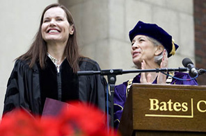 Actress Geena Davis receives her honorary degree from Bates President Elaine Tuttle Hansen.  Source: Agencies