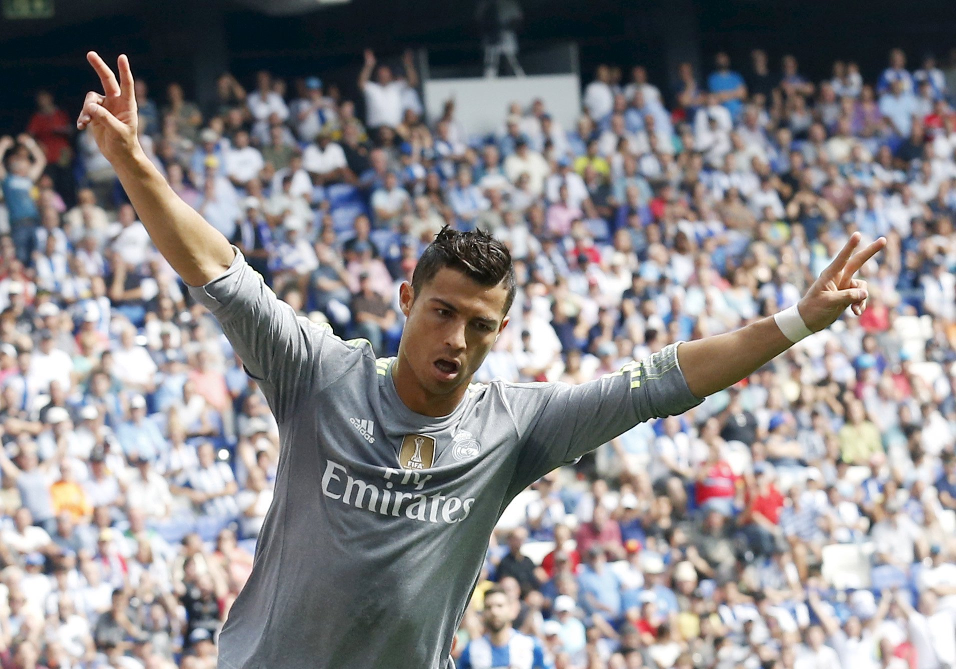 Real Madrid's Cristiano Ronaldo celebrates a goal against Espanyol during their Spanish first division soccer match in Cornella de Llobregat, near Barcelona, Spain, September 12, 2015.  Photo: Reuters