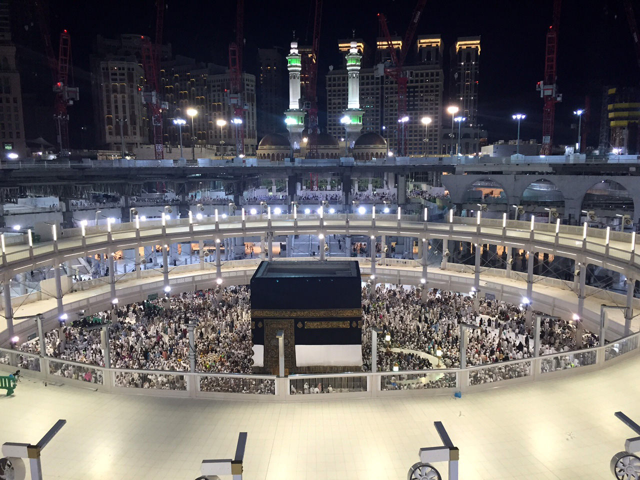 Muslim pilgrims walk around around the Kaaba, the cubic building at the Grand Mosque in the Muslim holy city of Mecca, Saudi Arabia, early Saturday morning, Sept. 12, 2015.  A towering construction crane toppled over on Friday during a violent rainstorm in the Saudi city of Mecca, Islam's holiest site, crashing into the Grand Mosque and killing over a hundred people, ahead of the start of the annual hajj pilgrimage later this month. photo: APn