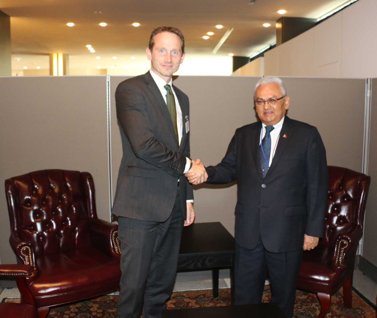Foreign Minister Mahendra Bahadur Pandey shaking hands with his Danish counterpart Kristain Jensen during the 70th United Nations General Assembly in New York on Sunday, September 26, 2015. Photo: RSS