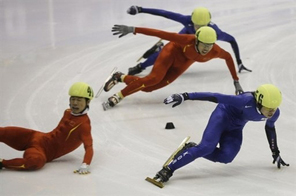 Speedskaters take part in the men's 500m short track event in the Asian Winter Games in Changchun in China's northeast Jilin province, January 2007. Source: AFP