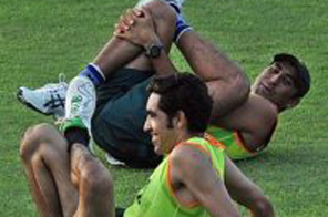 Younus (rear) said if Pakistan won the Champions Trophy, it would signal renewed hope Source: AFP