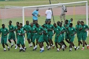 Players of Ivorian national football team (Elephants of the Ivory Coast ) are pictured during a training session in September, at Houphouet Boigny stadium in Abidjan. Ivory Coast need one point at bottom-of-the-table Malawi Saturday in Group E to clinch a second successive appearance at the World Cup. Source: AFP