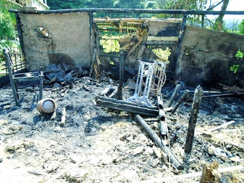 A charred cloth shop after it was set on fire by an unidentified group of people at Birula Chok of Dighawa-3 of Saptari district on Sunday. Photo: THTonline
