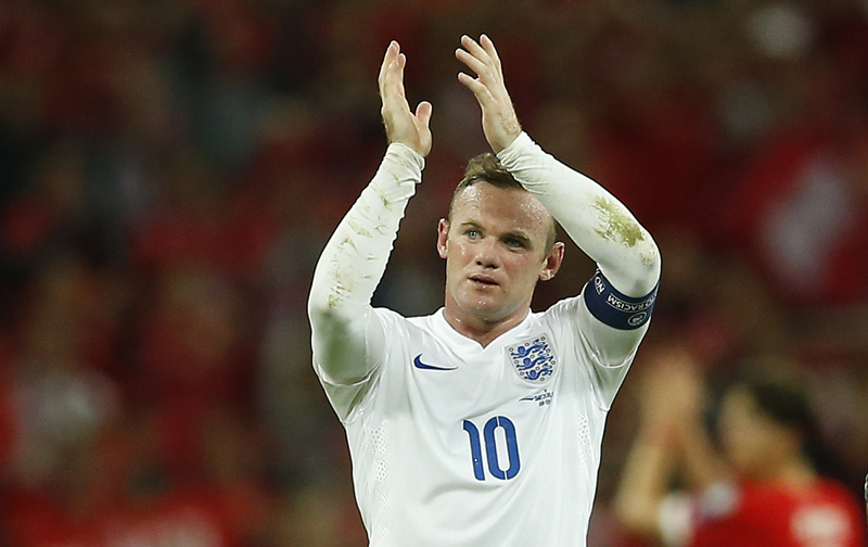 Football - England v Switzerland - UEFA Euro 2016 Qualifying Group E - Wembley Stadium, London, England - 8/9/15nnEngland's Wayne Rooney applauds the fans at the end of the matchnnAction Images via Reuters / John SibleynnLivepicnnEDITORIAL USE ONLY.