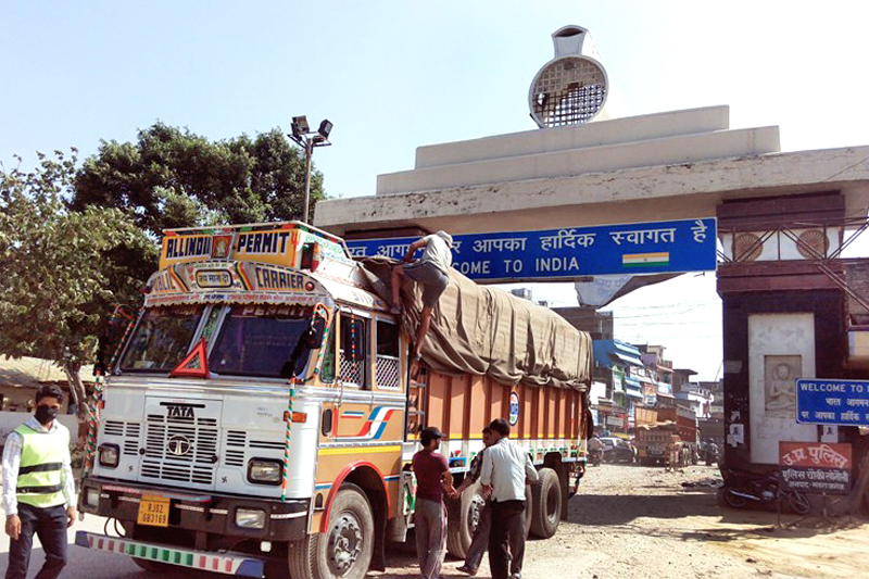 FILE - A truck entering Nepal via Sunauli border point after locals chased away UDMF cadres staging a sit-in there, on Monday, September 28, 2015. Photo: THT