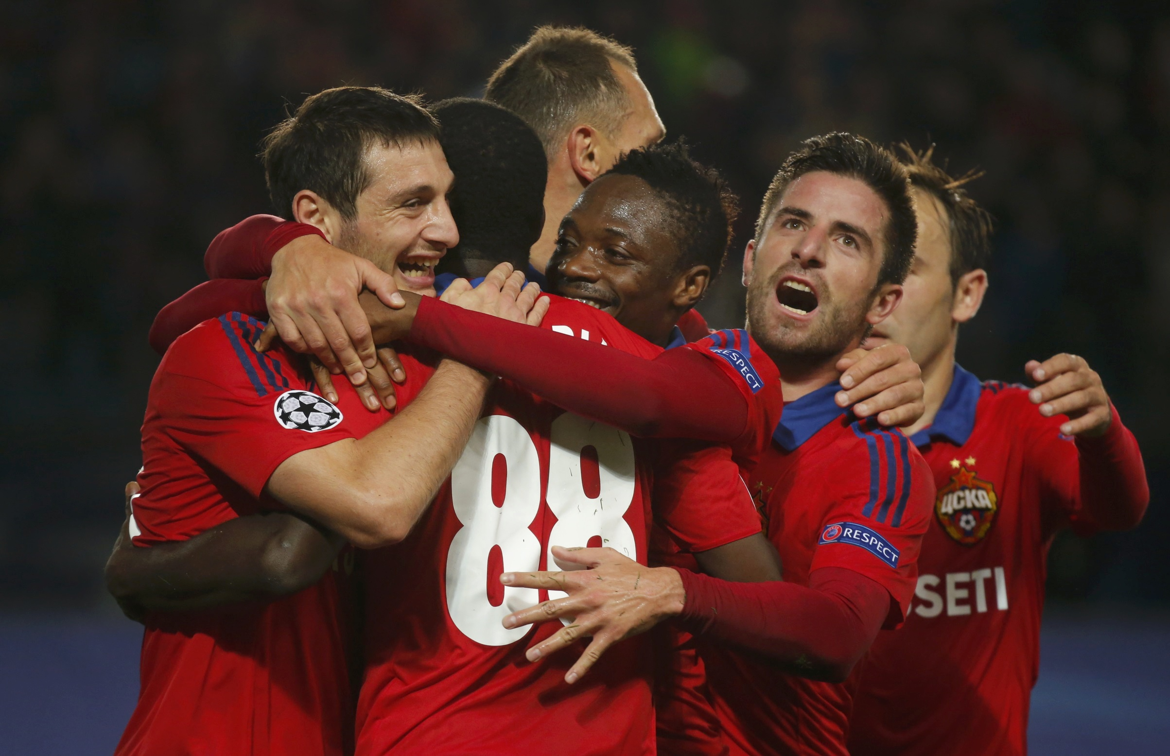CSKA Moscow's Seydou Doumbia (2nd L) celebrates with his team mates after scoring a penalty kick against PSV Eindhoven during their Champions League group B soccer match at the Arena Khimki stadium outside Moscow, Russia, September 30, 2015. REUTERS/Maxim Shemetov