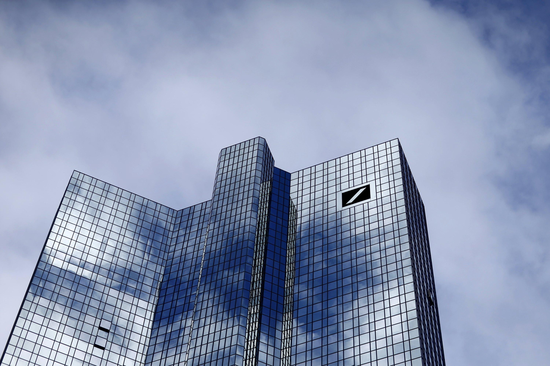 The Deutsche Bank headquarters are seen in Frankfurt, Germany October 8, 2015. Photo: Reuters