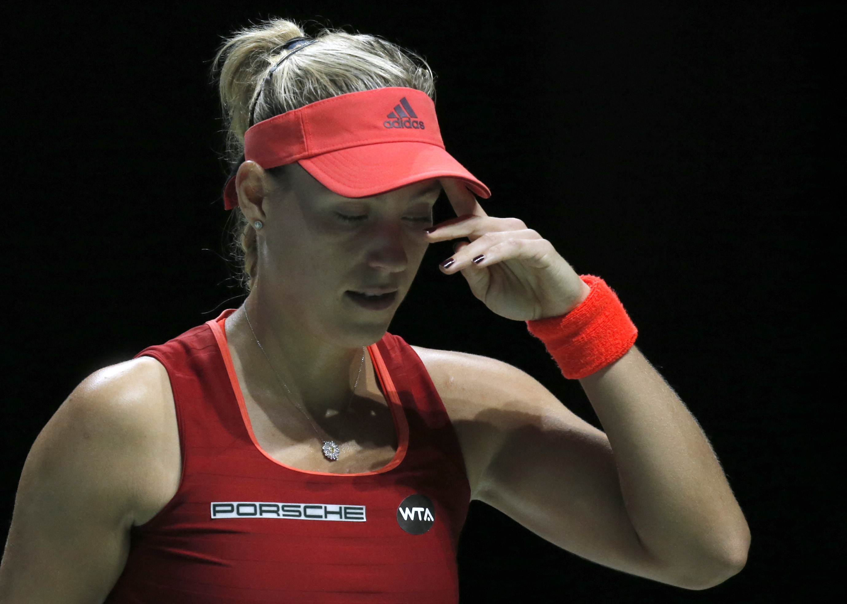 Tennis - BNP Paribas WTA Finals - Singapore Indoor Stadium, Singapore Sports Hub - 30/10/15nGermany's Angelique Kerber looks dejected during the round robin matchnAction Images via Reuters / Jeremy LeenLivepic
