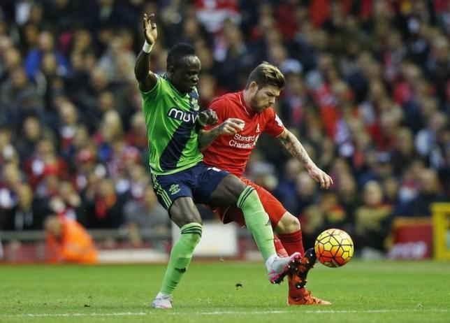 Football - Liverpool v Southampton - Barclays Premier League - Anfield - 25/10/15nLiverpool's Alberto Moreno in action with Southampton's Victor WanyamanReuters / Phil NoblenLivepic