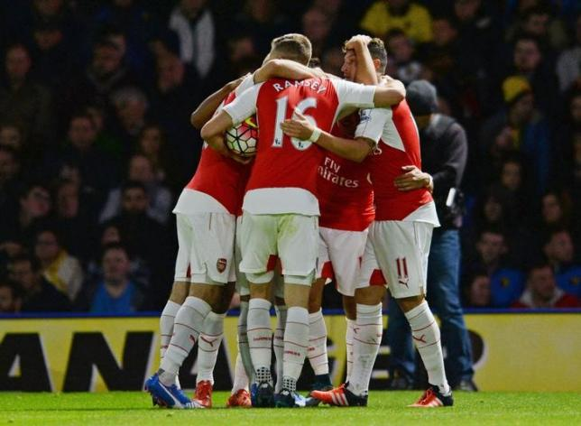 Football - Watford v Arsenal - Barclays Premier League - Vicarage Road - 17/10/15nArsenal's Alexis Sanchez celebrates scoring their first goal with team matesnAction Images via Reuters / Alan WalternLivepic