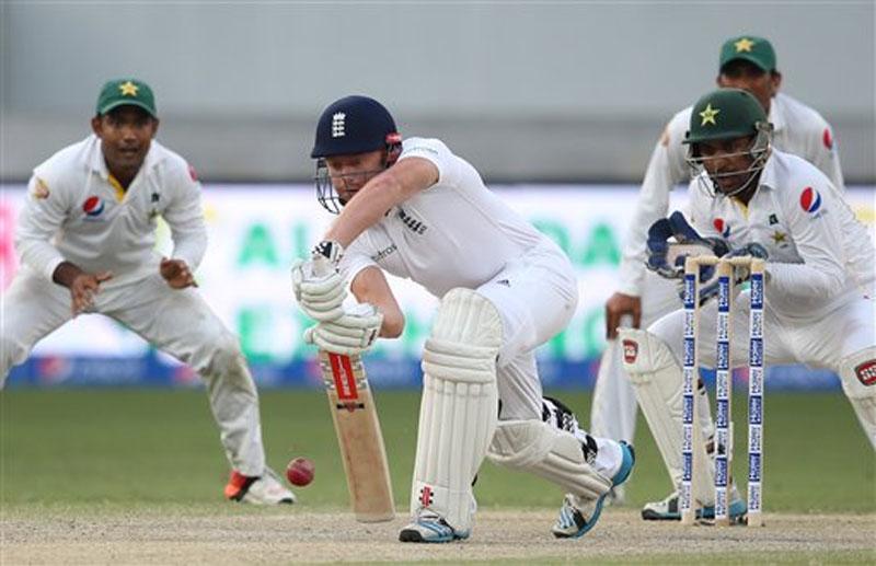 England's batsman Jonny Bairstow plays shot during the Pakistan and England Test match at the Dubai International Stadium in Dubai, United Arab Emirates, Sunday, October 25, 2015. Photo: AP