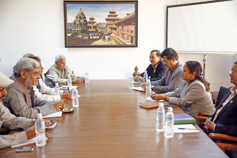The government talks team led by Deputy Prime Minister and Foreign Minister Kamal Thapa meeting with United Democratic Madhesi Front leaders in Singha Durbar, Kathmandu, in October 2015. Photo:  Skanda Gautam/THT