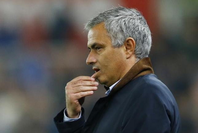 Football - Stoke City v Chelsea - Capital One Cup Fourth Round - Britannia Stadium - 27/10/15nChelsea manager Jose MourinhonReuters / Darren StaplesnLivepic