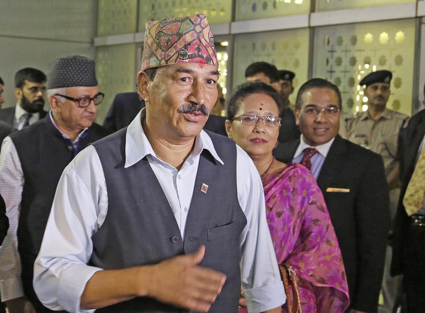 Nepal's Deputy Prime Minister and Foreign Minister Kamal Thapa, centre, arrives at the Indira Gandhi International airport in New Delhi, India, Saturday, Oct. 17, 2015. Photo: AP