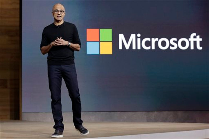 Microsoft CEO Satya Nadella closes a presentation of new devices in New York on October 6, 2015. Photo: AP