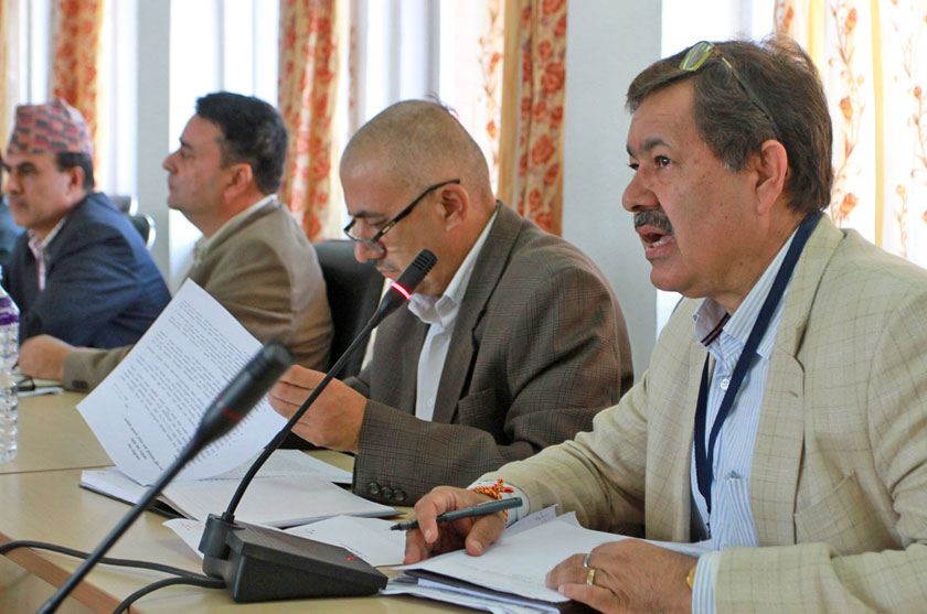 Nepali Oil Corporation's Managing Director Gopal Bahadur Khadka, (right) briefing the Public Accounts Committee about the ongoing fuel crisis, at Singhadarbar on Friday, October 9, 2015. Photo: RSS
