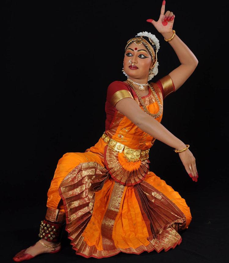 Matina Manandhar performs the Bharatnatyam dance. Photo: Theatre Mall