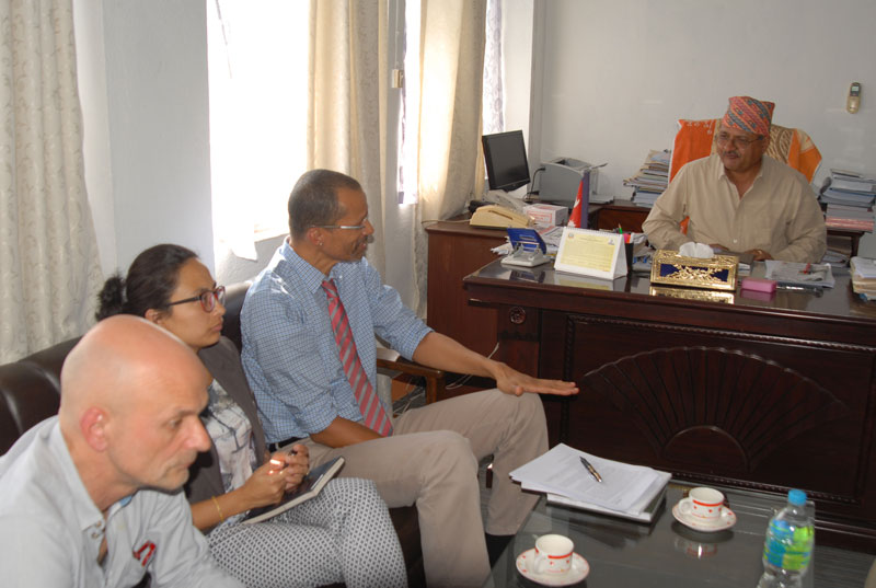 Ministry of Agricultural Development Secretary Uttam Kumar Bhattarai (right) receives the World Bank delegation, at his office, in Kathmandu, on Friday, October 2, 2015. Photo: PACT